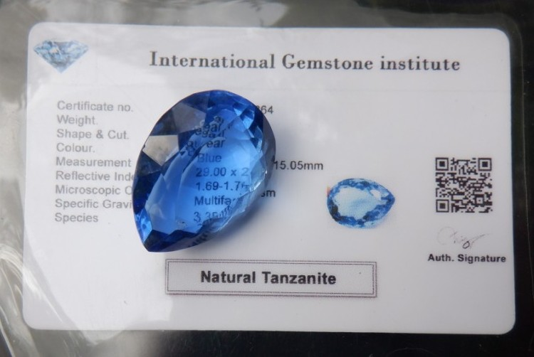This image has an empty alt attribute; its file name is tanzanite-pear-cut-52ct-blue-gemstone-images-www.www-gems.com-5.jpg